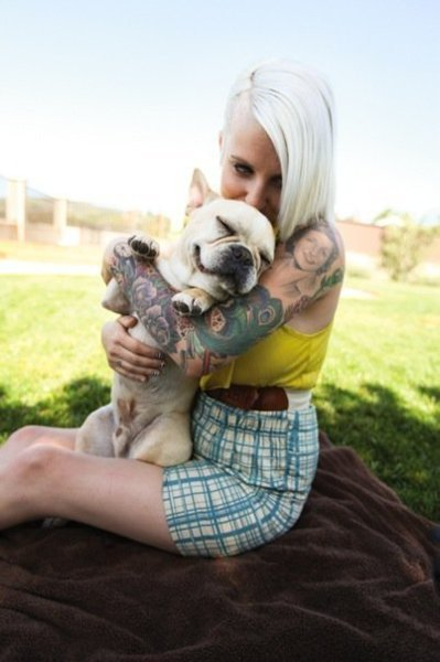 Tattooed People with Puppies (84)