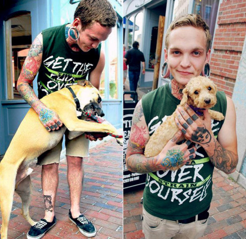 Tattooed People with Puppies (56)