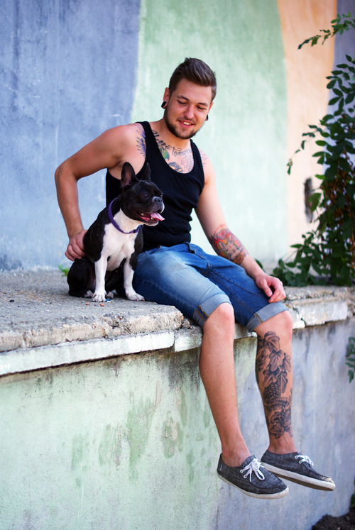 Tattooed People with Puppies (54)