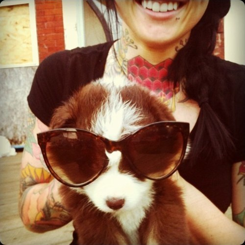 Tattooed People with Puppies (38)
