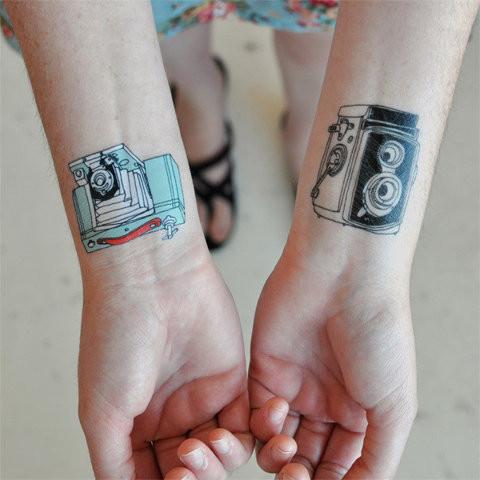 60 fotos de tatuagens de c meras fotogr ficas e de v deo. Black Bedroom Furniture Sets. Home Design Ideas