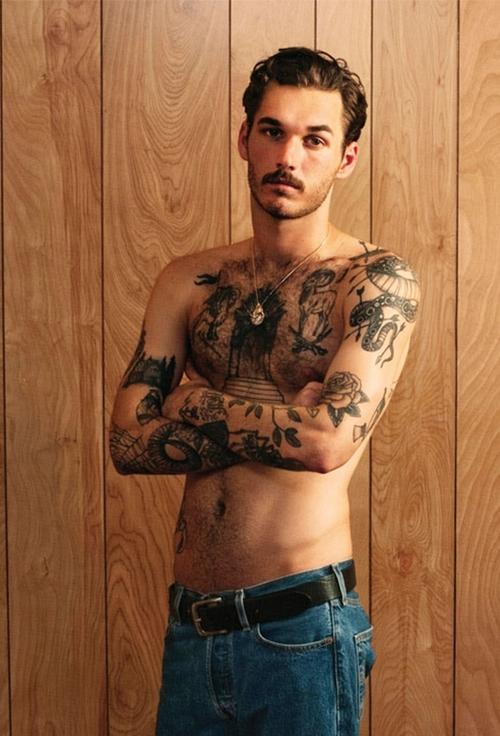 70 Fotos de homens tatuados e modificados (14)