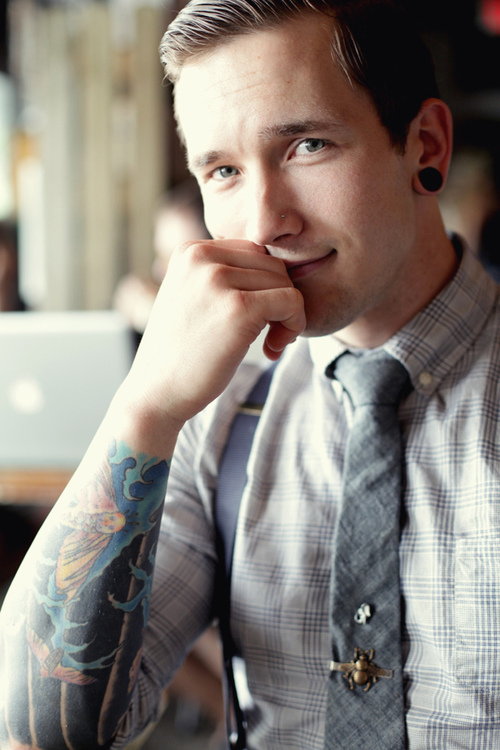 70 Fotos de homens tatuados e modificados (13)