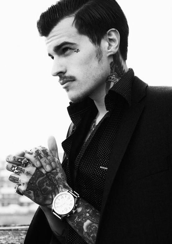 70 Fotos de homens tatuados e modificados (2)