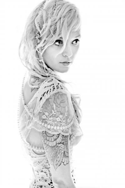 70 Fotos de lindas mulheres tatuadas (65)