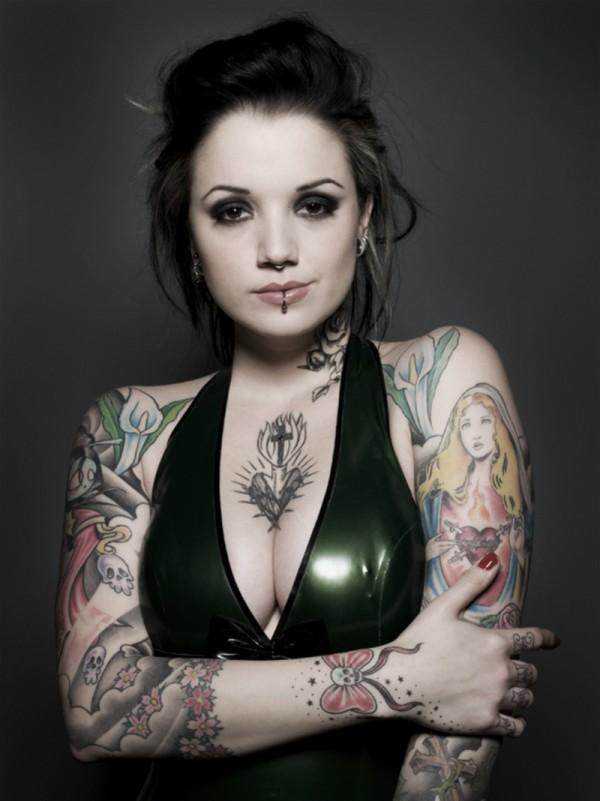 70 Fotos de lindas mulheres tatuadas (1)