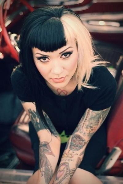 70 Fotos de lindas mulheres tatuadas (59)