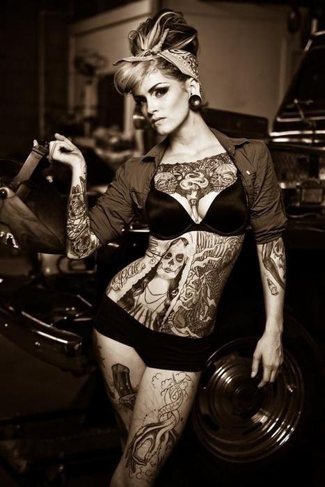 70 Fotos de lindas mulheres tatuadas (44)