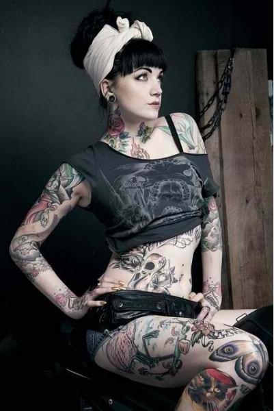 70 Fotos de lindas mulheres tatuadas (39)