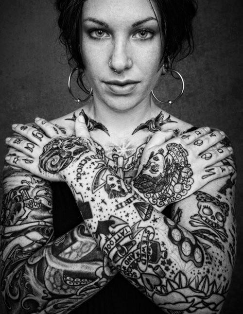 70 Fotos de lindas mulheres tatuadas (37)