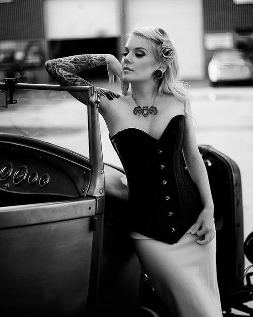 70 Fotos de lindas mulheres tatuadas (26)