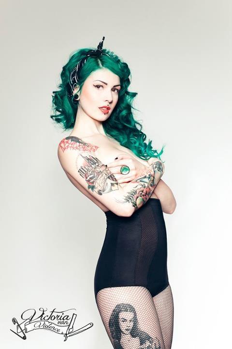 70 Fotos de lindas mulheres tatuadas (17)