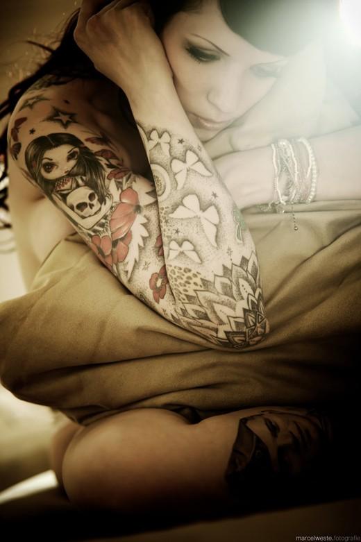 70 Fotos de lindas mulheres tatuadas (2)