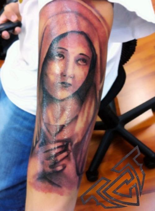 Tatuagens de Virgem Maria (45)
