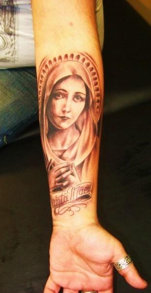 Tatuagens de Virgem Maria (40)