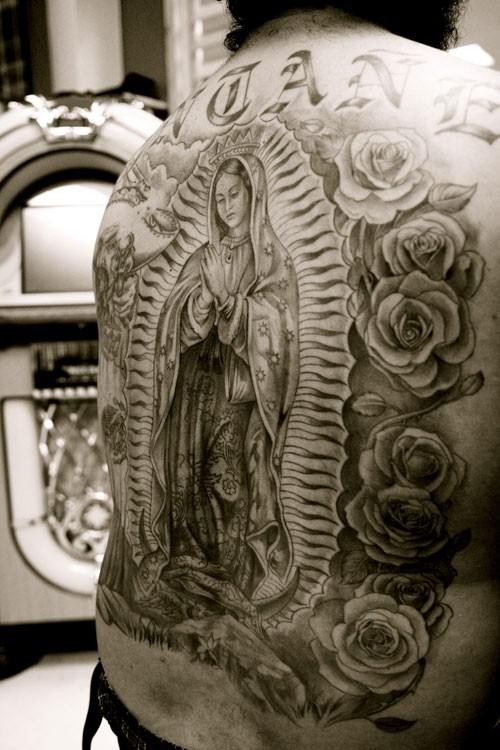 Tatuagens de Virgem Maria (39)