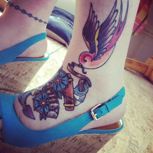 Tatuagem de andorinha (29)
