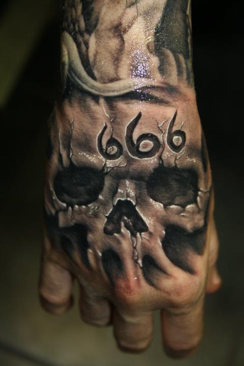 Skull Tattoos  (13)