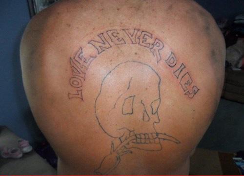 Péssimas tatuagens (15)