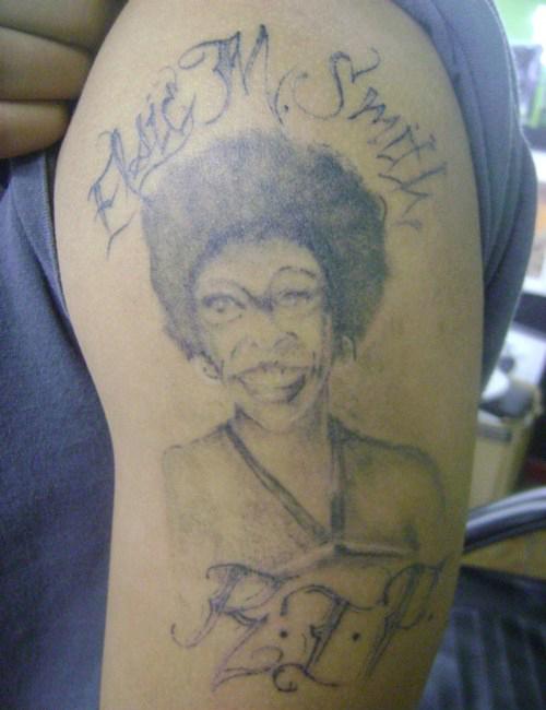20 Tatuagens de pessoas azaradas (16)