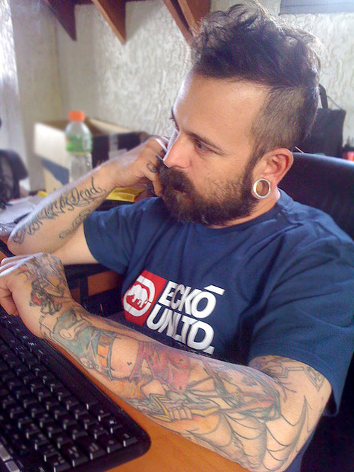 Fotos de homens muito tatuados (48)