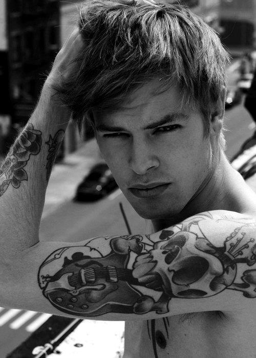 Fotos de homens tatuados (3)