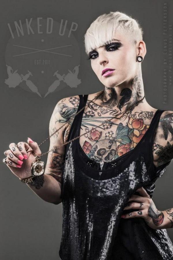 Garotas Tatuadas e Lindas (52)