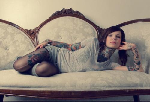 Garotas Tatuadas e Lindas (38)