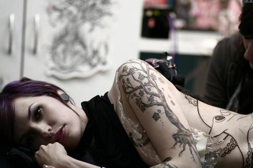 Garotas Tatuadas e Lindas (27)