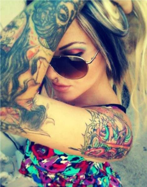 Garotas Tatuadas e Lindas (21)