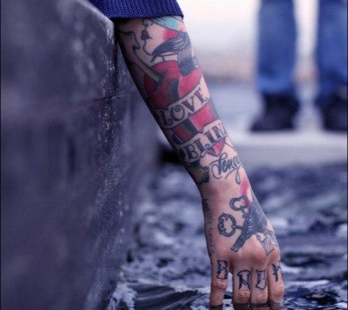 Tatuagens para fazer nas mãos (52)