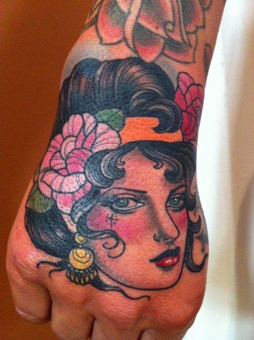 Tatuagens para fazer nas mãos (44)