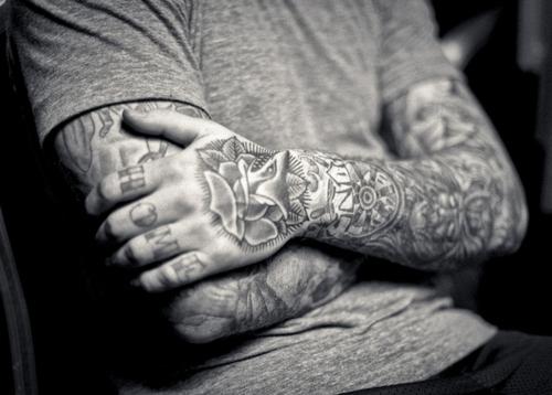 Tatuagens para fazer nas mãos (42)