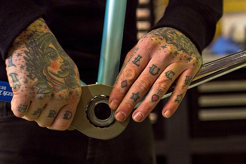 Tatuagens para fazer nas mãos (37)
