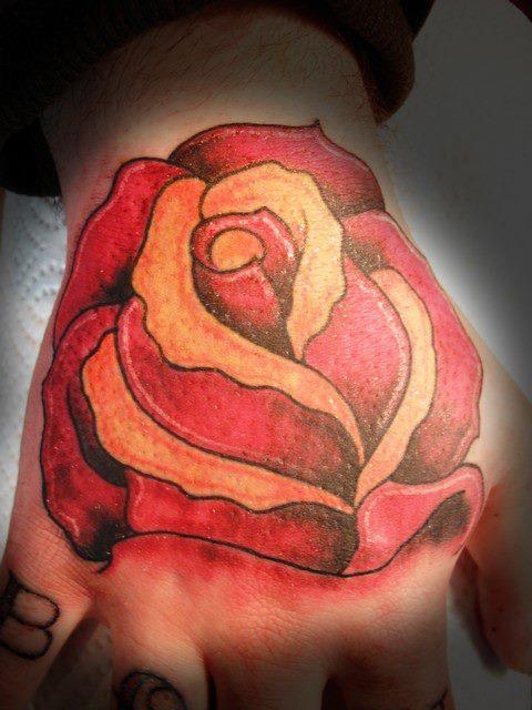 Tatuagens para fazer nas mãos (27)
