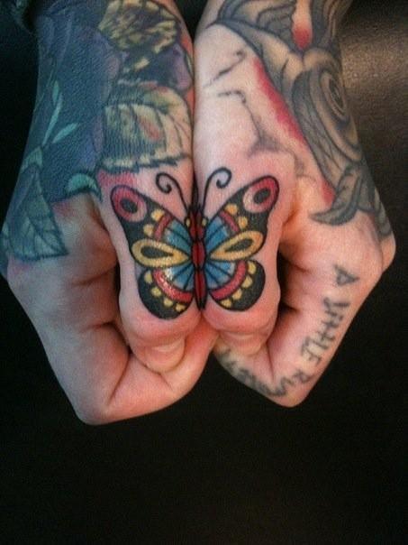 Tatuagens para fazer nas mãos (26)