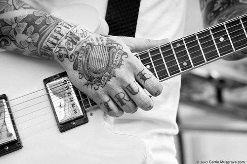 Tatuagens para fazer nas mãos (24)