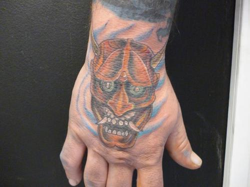 Tatuagens para fazer nas mãos (23)