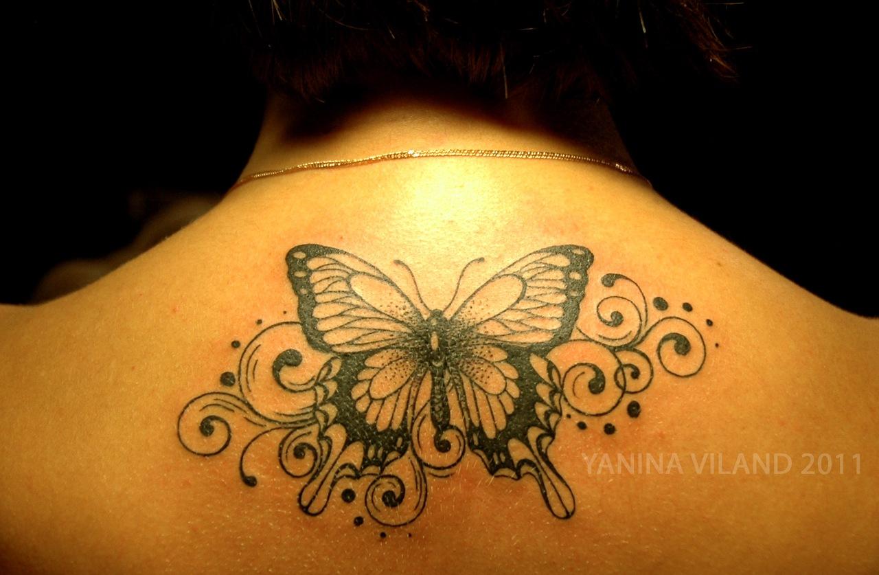 Фото тату бабочка и узоры