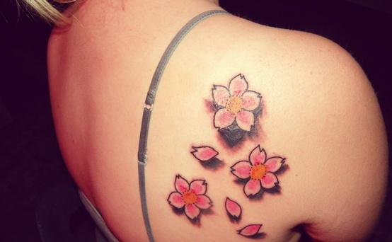 Desenhos de tatuagem para mulheres 13