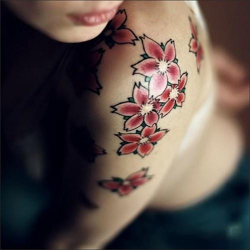 Desenhos de tatuagem para mulheres 31