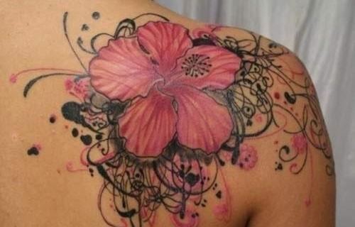 Desenhos de tatuagem para mulheres 37