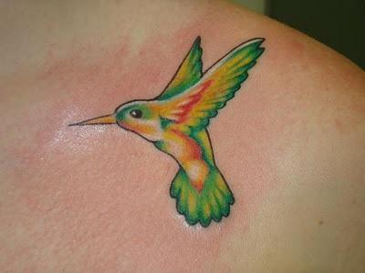 Desenhos de tatuagem para mulheres 39