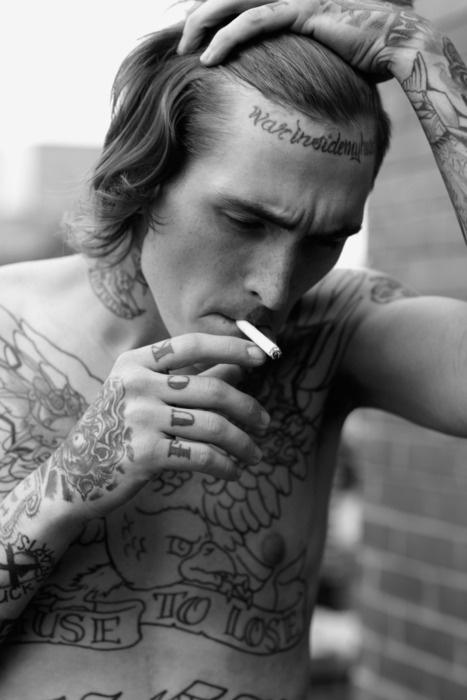 Homem Tatuado-Bradley Soileau 10