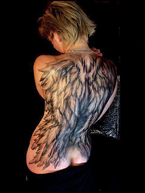 Fotos de tatuagens de asas 100