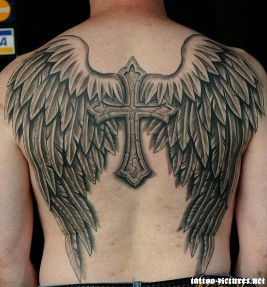 Fotos de tatuagens de asas 32