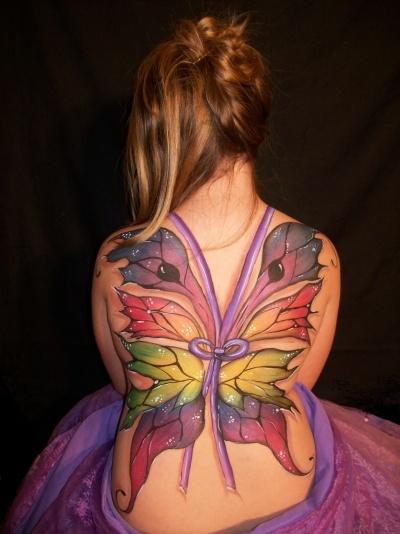 Fotos de tatuagens de asas 43