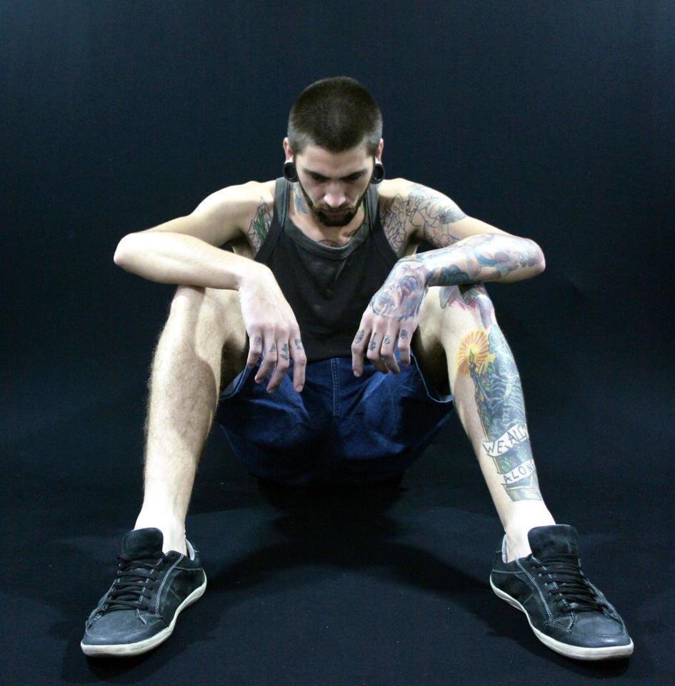 Homem Tatuado Luan dos Anjos 04