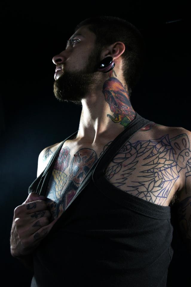 Homem Tatuado Luan dos Anjos 16