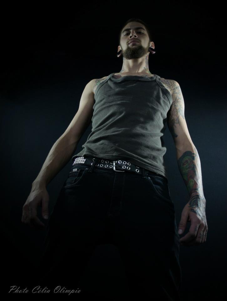 Homem Tatuado Luan dos Anjos 18